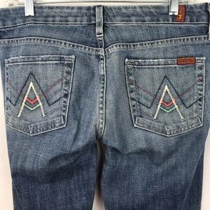 7 For All Mankind Women's Blue Jeans Size 29.